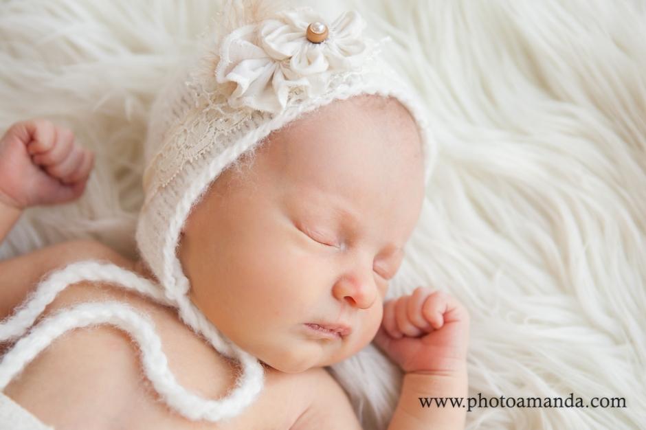 Calgary newborn photographer welcome little mya