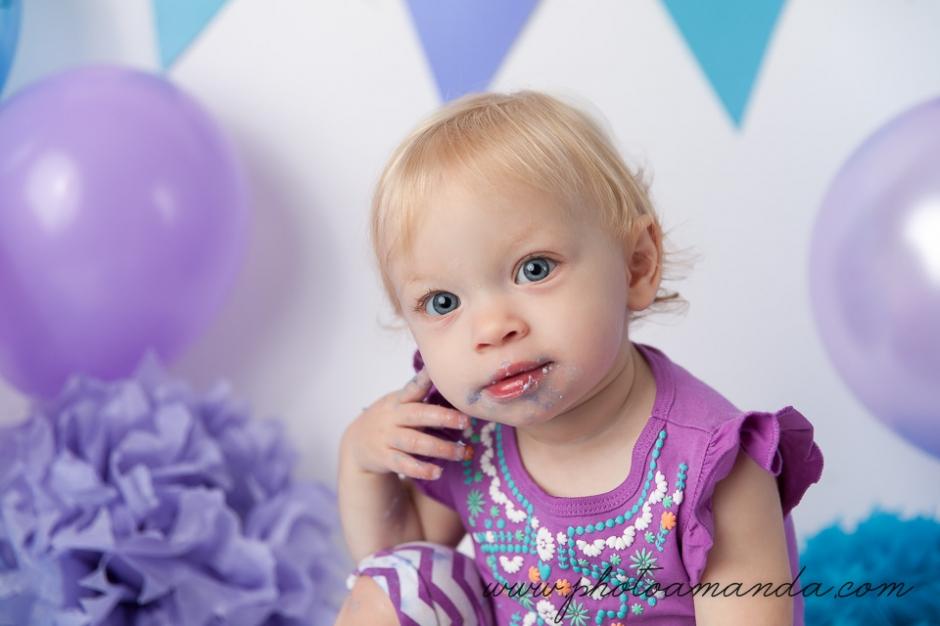 first birthday portrait of little girl