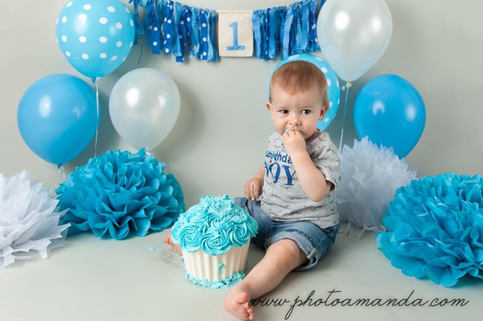 baby boy first birthday cake smash