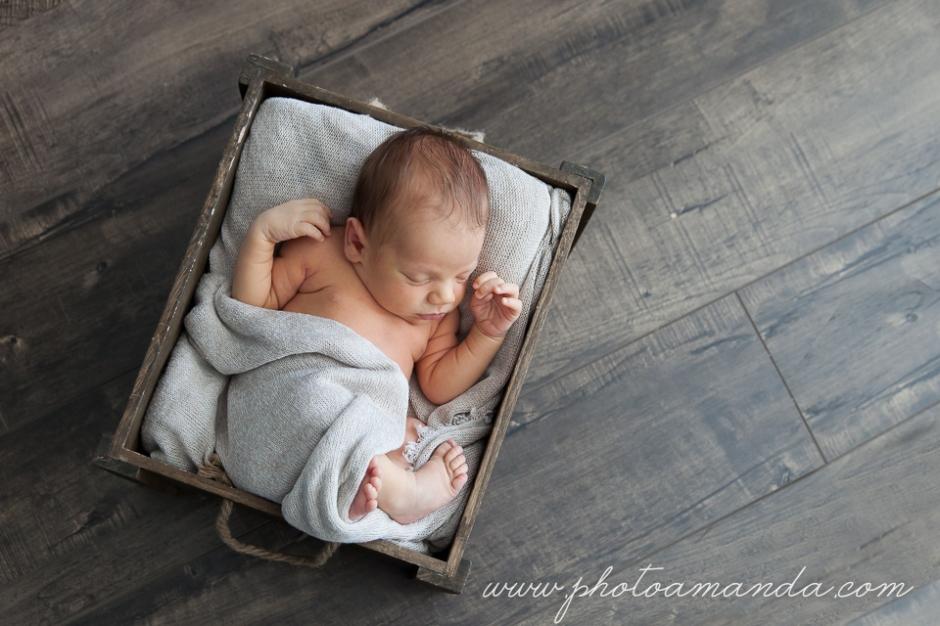 22apr18-calgary-newborn-5